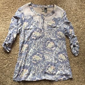 BKE rayon lace floral paisley pastel top like new
